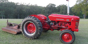 Joe Matrin's IH 300